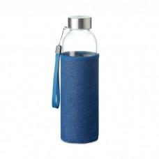 Стеклянная бутылка в чехле