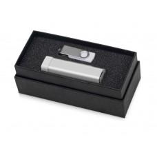 Подарочный набор Flashbank с флешкой и зарядным устройством